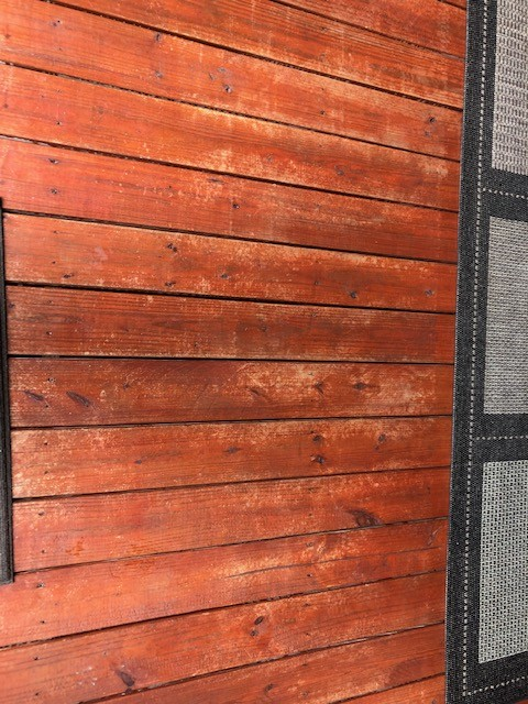Deck pic 2.jpg